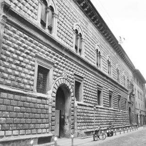 Palazzo Sanuti Bevilacqua Degli Ariosti Bologna