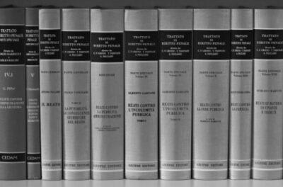 Reati pubblica amministrazione - Diritti dell'uomo - Studio legale Mazzacuva